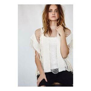 CALLAHAN Open Fringe Top
